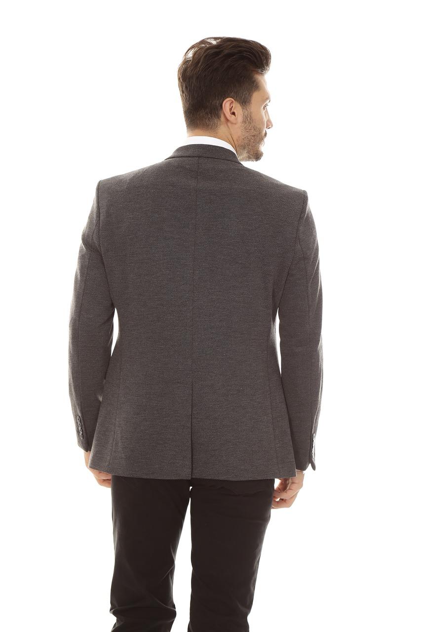 jacket-3737406_1280